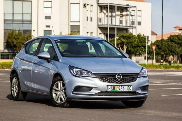 Opel Astra 1.0T Essentia (2016) Review - Cars.co.za