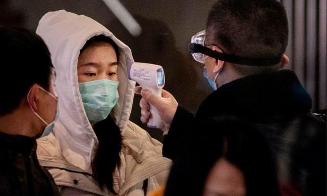 Pasalnya gejala baru akan muncul dalam diri seseorang setelah satu minggu terinfeksi.