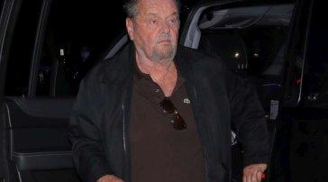 Jack Nicholson riappare dopo due anni alla partita dei Lakers: guarda come è diventato