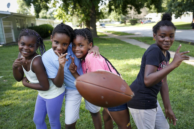 Jamyla Bolden (l) with friends in Ferguson, Missouri, in August 2014.