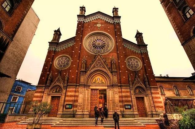 St. Antony of Padua Katolik Kilisesi - İstiklal Caddesi, Taksim