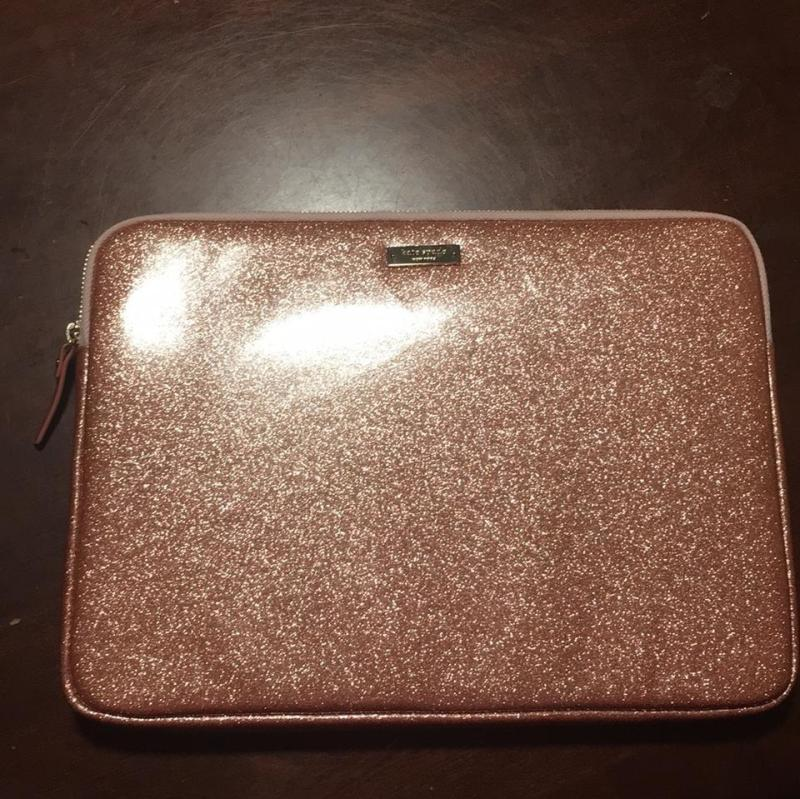 the latest 3c042 f6c46 Shapely Kate Spade Kate Spade Lap Kate Spade Rose G Glitter Lap ...