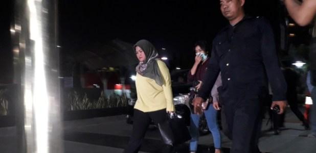 Bupati Bekasi Neneng Hasanah (Foto : Arie Dwi Satrio/Okezone)