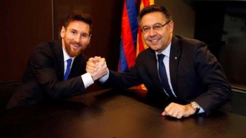 Josep Maria Bartomeu senang karena berhasil pertahankan Lionel Messi (Foto: Barcelona)