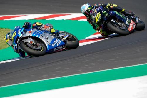 Joan Mir vs Valentino Rossi