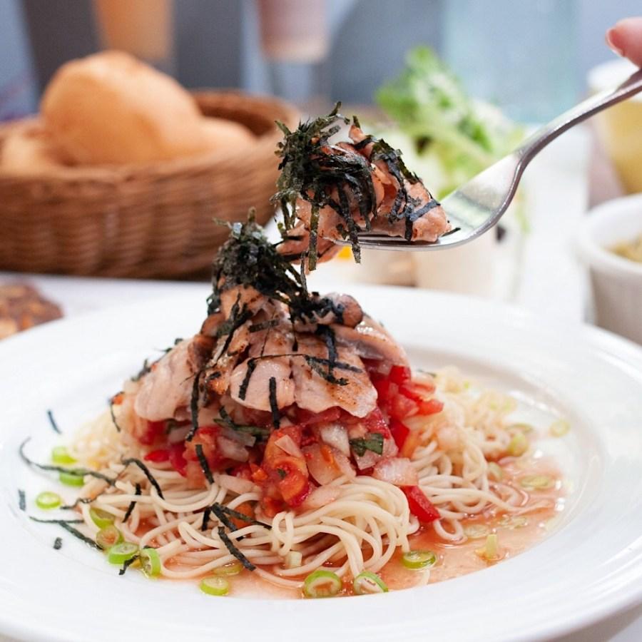 (台南美食/東區)三胡町義式餐酒館~在老屋慵懶放鬆的氛圍裡享用精緻美味的餐食!提供大小包廂~是團體聚餐、情侶約會的好選擇!