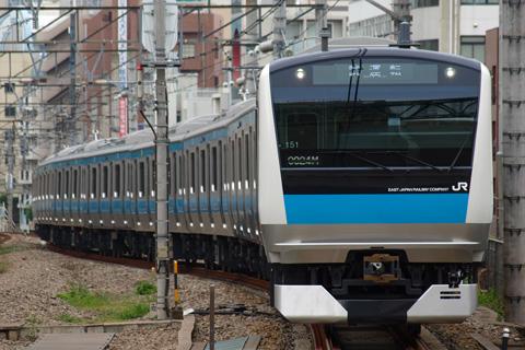 【JR東】E233系ウラ151編成ウラ区へ