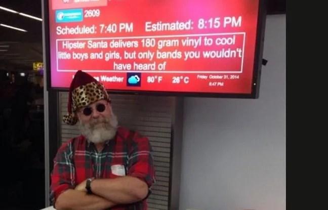 Et voici Steve en Père Noël hipster.
