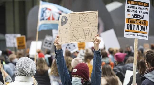 Des milliers de femmes manifestent contre Donald Trump