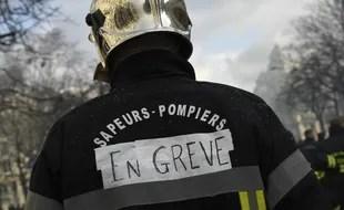 Des milliers de pompiers ont manifesté ce mardi 28 janvier, à Paris.
