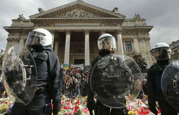 Belgique: Les attentats de Bruxelles ont fait 32 morts ...