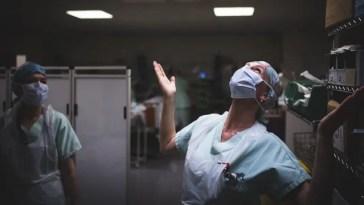Le nombre de patients dans les services de réanimation continue de baisser