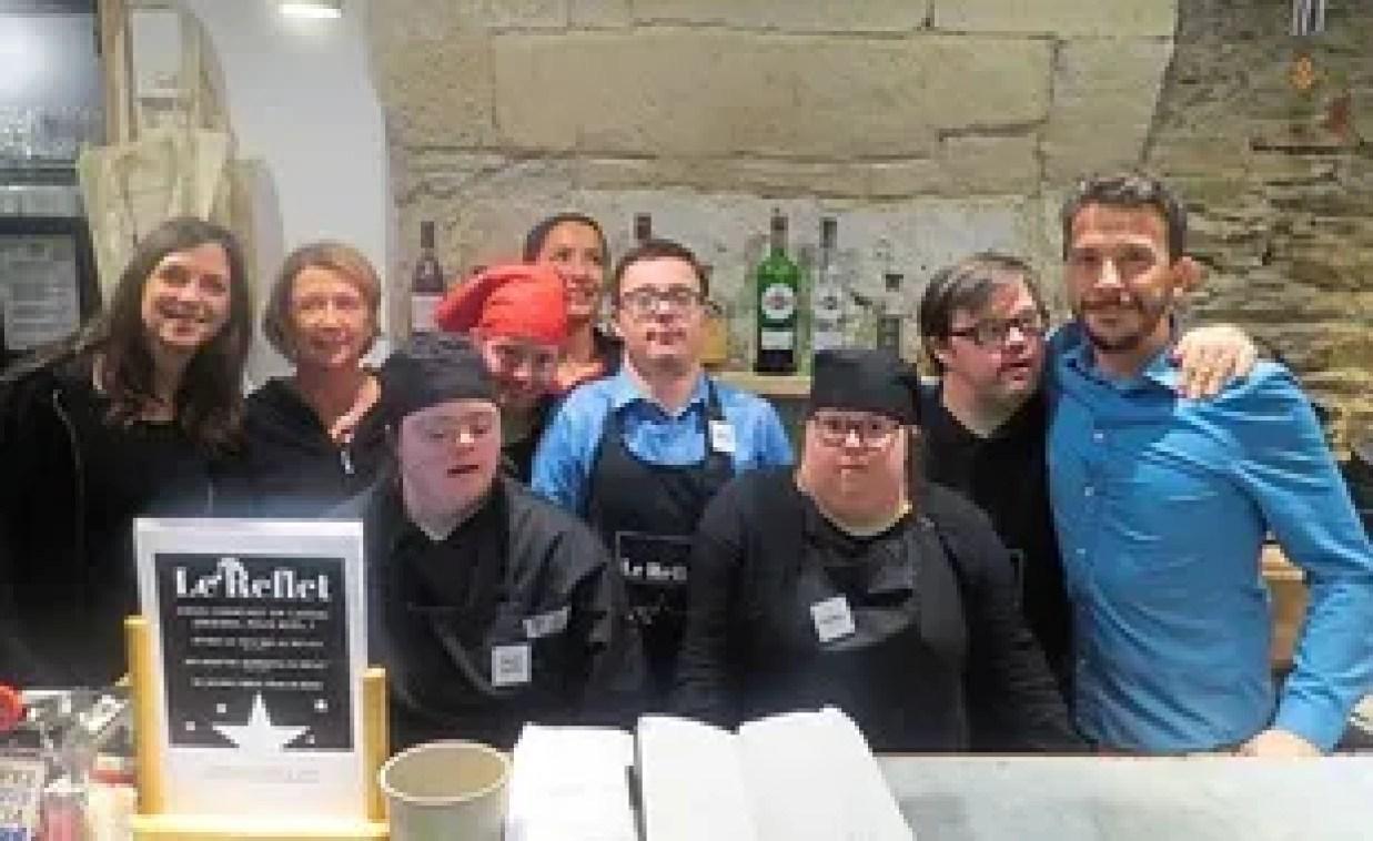L'équipe du restaurant Le Reflet