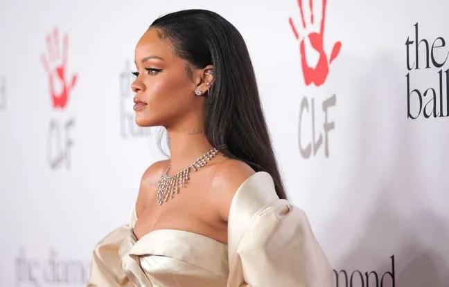 La chanteuse Rihanna à Los Angeles en décembre 2015