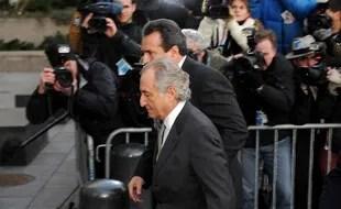 Etats-Unis : Le financier Bernard Madoff, condamné pour ...