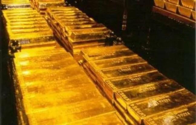 Le conseil d'administration du Fonds monétaire international (FMI) a approuvé lundi la vente de 403 tonnes d'or, pour environ 11 milliards de dollars, et l'investissement d'une partie du produit de cette cession pour renflouer ses caisses.
