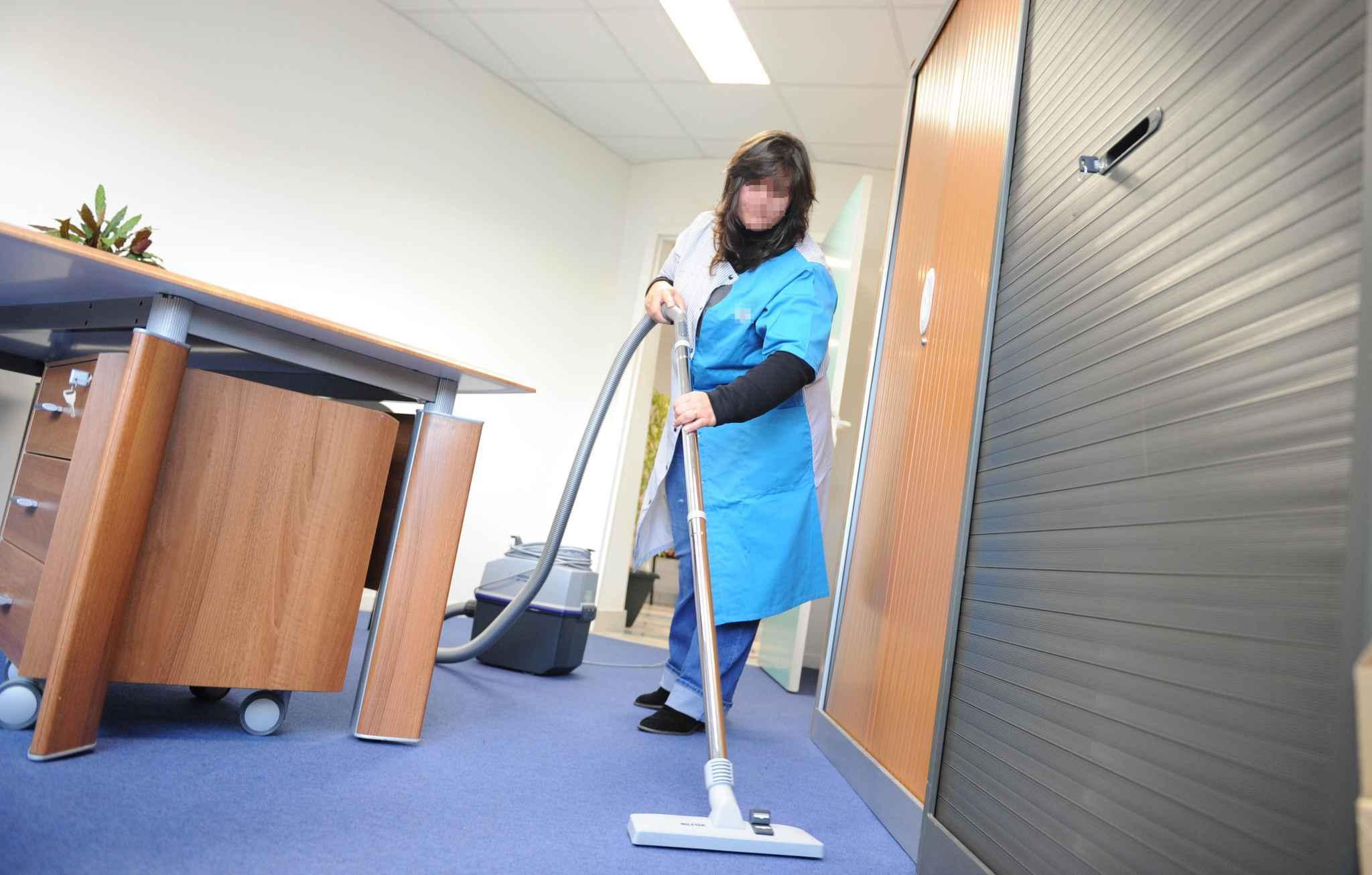 Nantes Les Agents De Mnage Travaillent De Plus En Plus