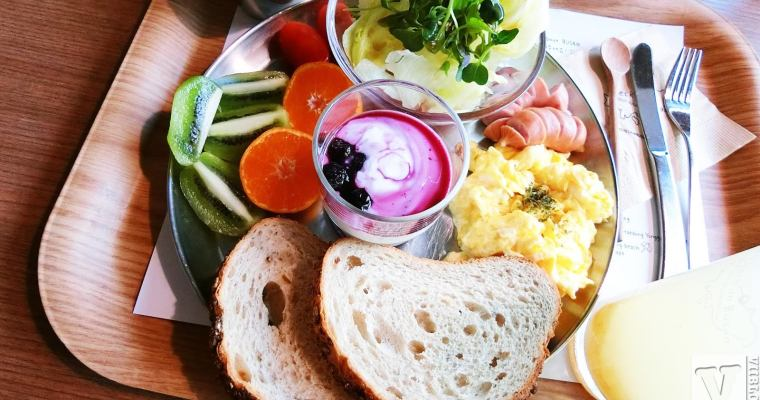 釜山美食|南浦洞Check In Busan 早午餐咖啡廳,寄送未來明信片