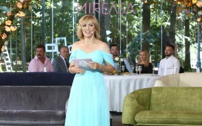 Mireasa sezon 4, 28 august 2021. Simona Gherghe a purtat o ținută deosebită la premieră. Cum arată