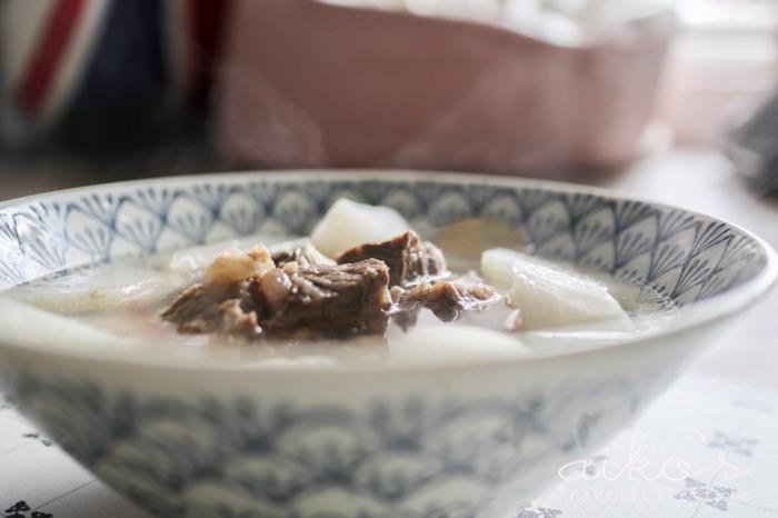 【中式料理】清燉牛肉湯,清爽的夏日湯品。