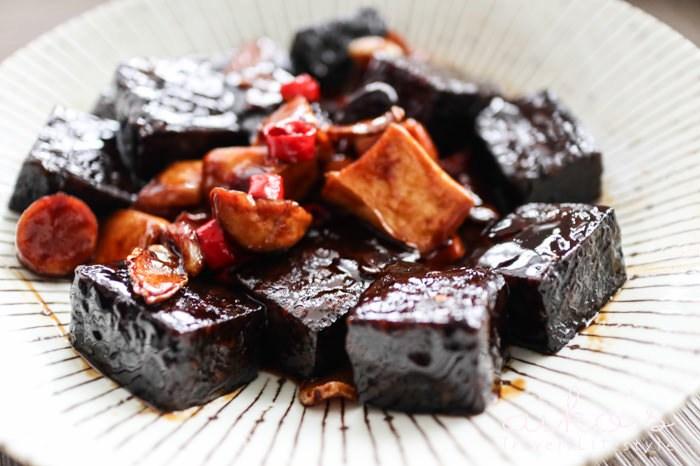 【中式料理】三杯米血杏鮑菇,大口吃飯的下飯菜。