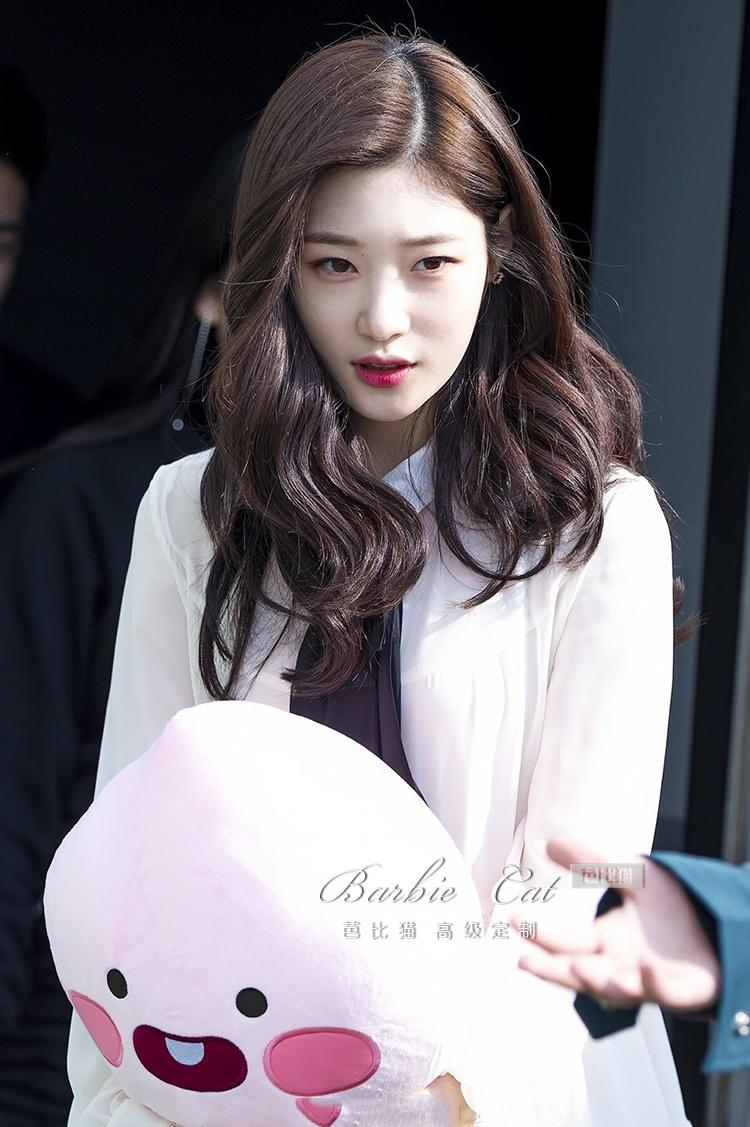 內在美鄭採妍IU李智恩明星同款白色小個子雪紡洋裝2020夏名媛女