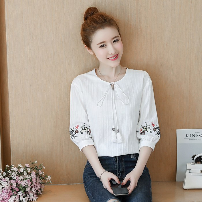 Summer Embroidery Sleeve Crew Neck Lace-up Loose Women's
