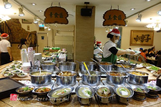 【台北】小李子清粥小菜.台北人的宵夜場.帶外國人吃台菜