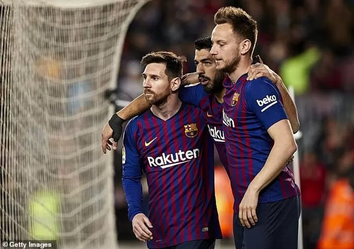Rakitic claims he was never 'close friends' with Messi and Suarez 2
