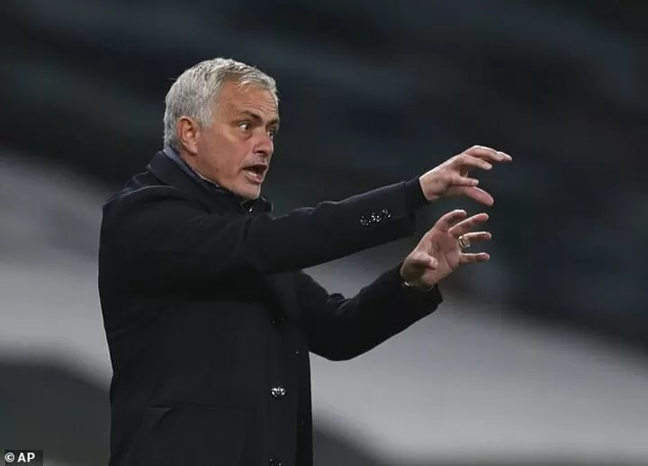 Master' Mourinho can outwit gung-ho Manchester United in a game of counter-attack chicken 4
