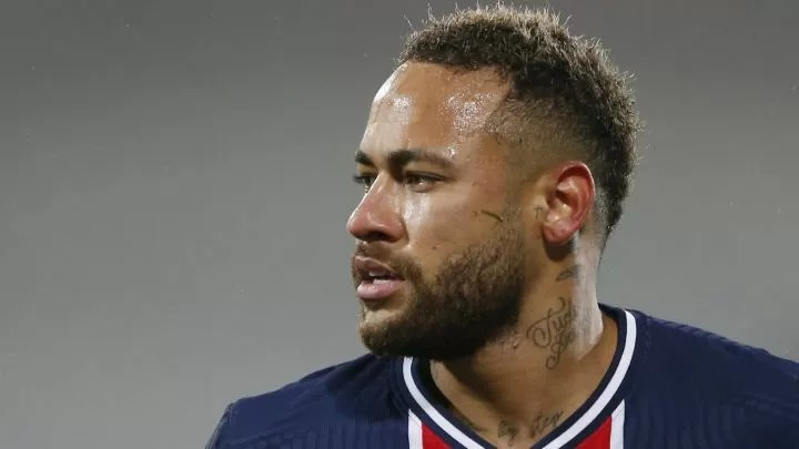 Neymar reveals why he thought about quitting football 2