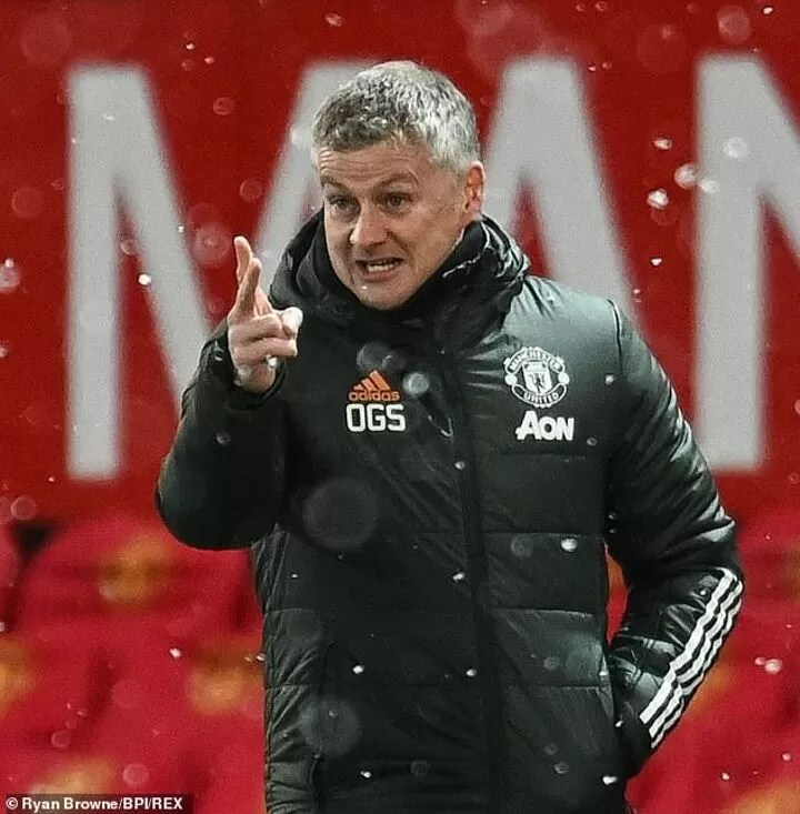 Maguire 'is not a leader' and Solskjaer should consider replacing him as captain 4