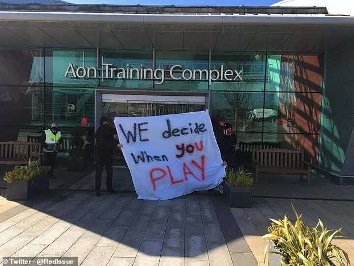 Manchester United TRIPLE security at their training base amid concerns over anti-Glazer protests 2