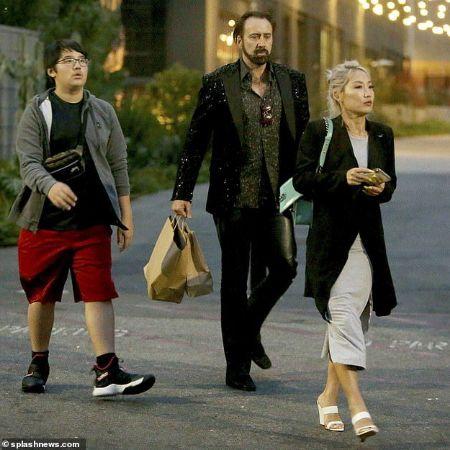 Kal-El with his parents, source Pinterest (1)