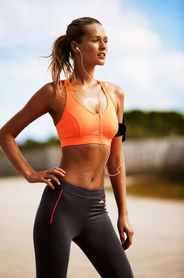 Maintain Good Posture to Start Losing Stomach Fat