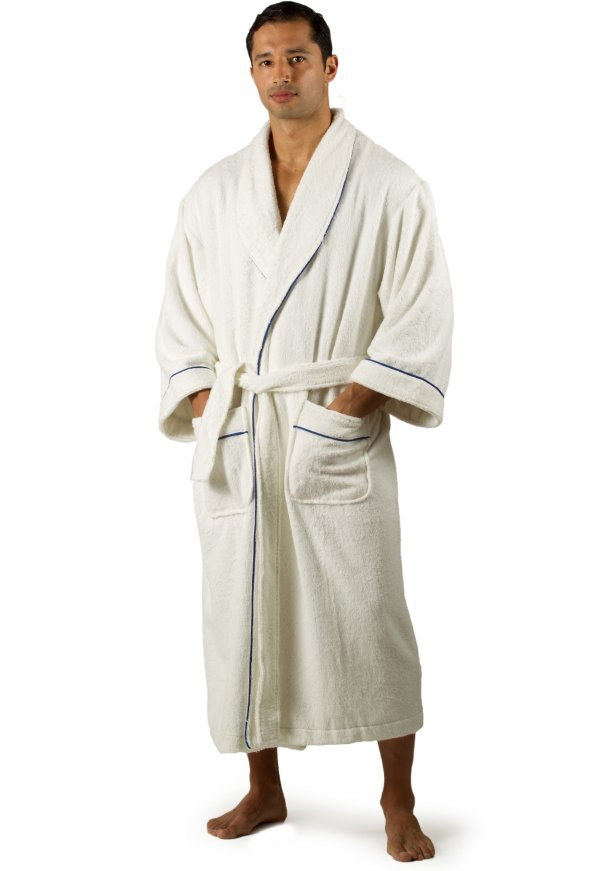 Robe 11 Great Christmas Gifts For Your Husband That Hes