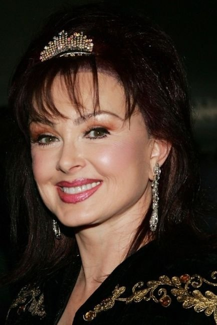 Naomi Judd 19 Hottest Celebrities Reportedly Infected