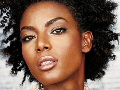 11 Protective Hairstyles for Curly Hair That Work ...
