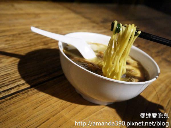 【新加坡美食】VIVO CITY 怡豐城。大食代美食街。星國美食一網打盡!聖淘沙 蝦麵 粿條