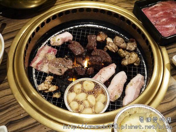 【大阪食記】中央區 牛角炭火燒肉 ● 道頓堀燒烤吃到飽! ❤❤