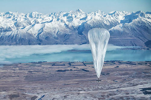 Ένα από τα δοκιμαστικά αερόστατα που εκτοξεύτηκαν το 2013