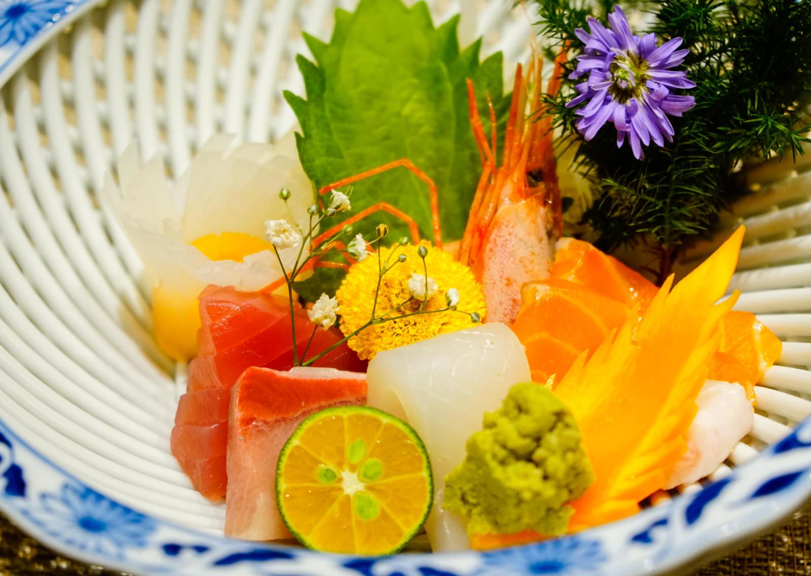 [高雄]次郎本格日本料理-日籍料理長的職人風範 藝術和食饗宴 高雄日本料理推薦 - 美食好芃友