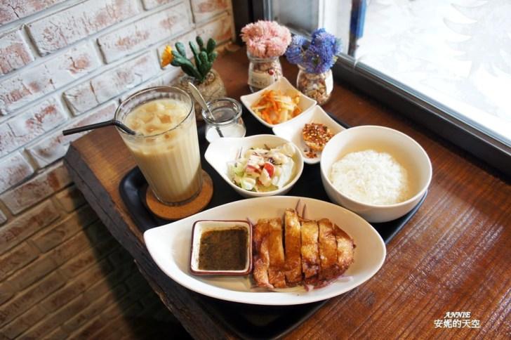 20171224192428 78 - [熱血採訪] 新莊輔大美食║Double泰 南洋風味料理║一個人也能品嘗的泰式料理 聚餐約會推薦餐廳