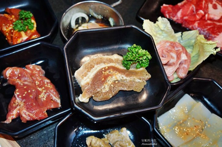 20181027225826 9 - 熱血採訪[樹林美食]燒肉眾-精緻炭火燒肉 海鮮燒肉吃到飽 還有超巨大龍蝦大軍 優質桌邊烤肉服務 最幸福的吃燒肉時光