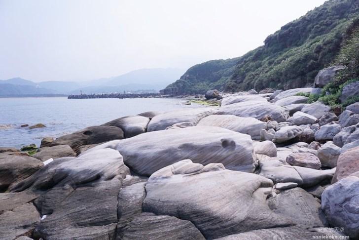 20190426014432 76 - 新北秘境 金山神秘海岸 絕美一線天礁岩 穿越巨岩才能抵達的夢幻海岸