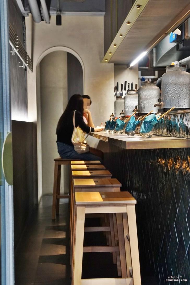20191004004235 44 - [真劍拉麵] 夢幻系藍色拉麵 視覺與味覺的雙重饗宴 台電大樓站人氣美食