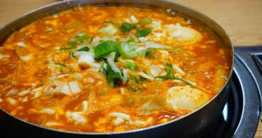 【韓國】首爾三清洞必吃美食 再訪三清洞摩西總店 ♥ 超好吃的年糕部隊鍋