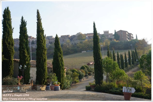 【義大利蜜月】好美的莊園早晨 ♥ 莊園。周老爹中式午餐☆
