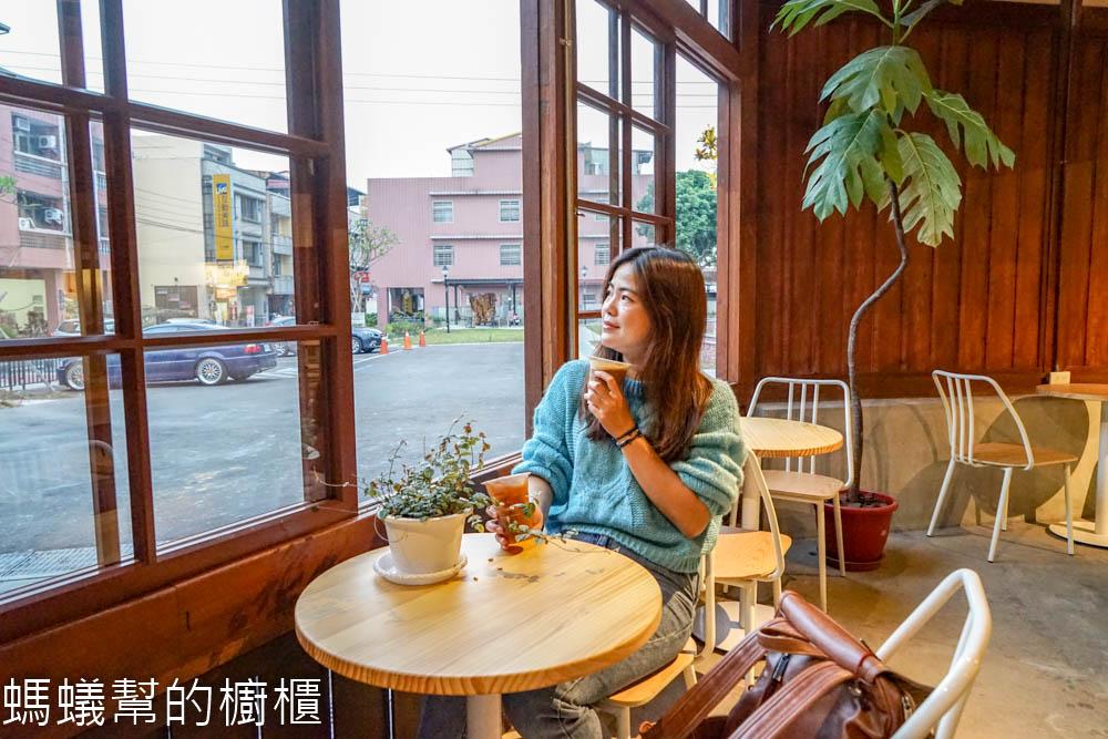 南投竹山小日子 | 竹山菸葉館裡文創基地,販售特色文創小物,沉浸日式老屋檜木香裡。