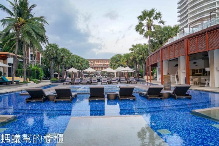 華欣洲際酒店Intercontinental Hua Hin Resort  | 泰國華欣渡假酒店推薦,早晨還可在海岸體驗佈施。